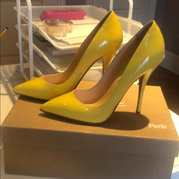 Shoes - Christian Louboutin pump